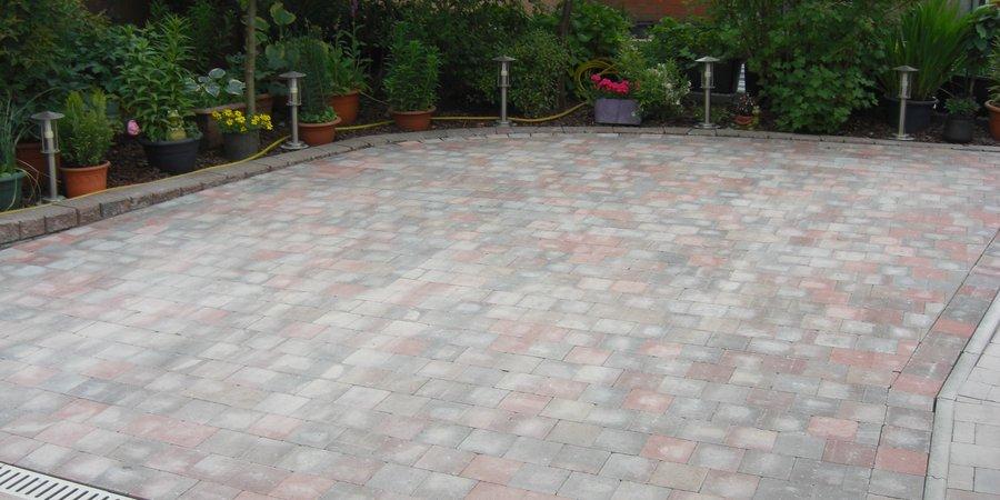 Terras in betonklinkers - Bouw een overdekt terras ...